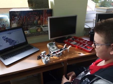 Zaprogramuj się na świetlicę - Robotyka Dominika